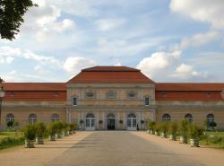 Hochzeitslocation in Berlin: Schloss Charlottenburg mit Großer Orangerie